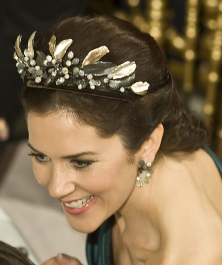 Ugly Tiaras A Hot Mess On Various Royal And Princely Heads