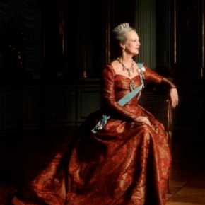 Her Majesty Queen Margrethe II of Denmark Delivers Her 2013 New Year's Speech. (VIDEO)