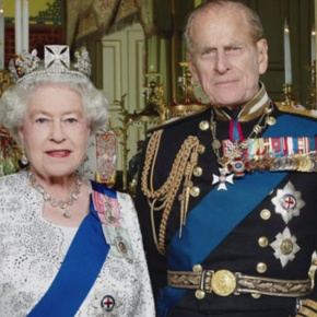 Her Majesty Queen Elizabeth II and His Royal Highness The Duke of Edinburgh Attend the 2012 Royal Variety Performance. (VIDEO)