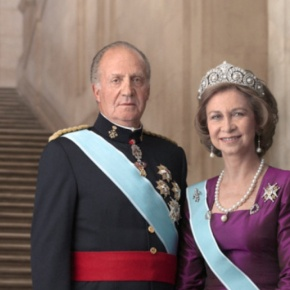 Members of the Spanish Royal Family Celebrate Pascua Militar. (VIDEOS)