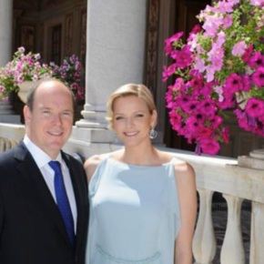 Their Serene Highnesses Prince Albert II and Princess Charlene of Monaco Attend the WBA Middleweight World Championship Boxing Match in Monaco. (VIDEO)