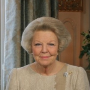 Her Majesty Queen Beatrix of the Netherlands Welcomes the President of Slovakia to Amsterdam.