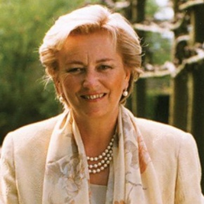 Her Majesty Queen Paola of Belgium Unveils a Commemorative Plaque. (VIDEO)
