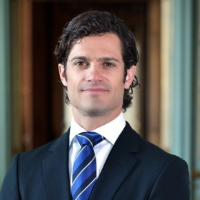 His Royal Highness Prince Carl Philip of Sweden Attends an Award Ceremony. (VIDEO)