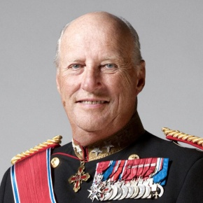 His Majesty King Harald V of Norway Attends the 2013 World CupSkiskyting.