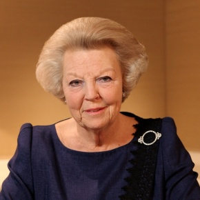 Her Majesty Queen Beatrix of the Netherlands Abdicates the Throne! (VIDEO)