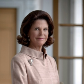 Her Majesty Queen Silvia of Sweden Visits the European Center for Disease Prevention and Control.