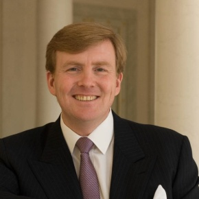 His Royal Highness Prince Willem-Alexander of Oranje in Eindhoven. (VIDEOS)