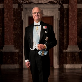 His Majesty King Carl XVI Gustaf of Sweden Presents Scholarships.