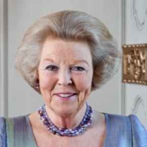 Her Majesty Queen Beatrix of the Netherlands Opens the Philips Museum. (VIDEOS)