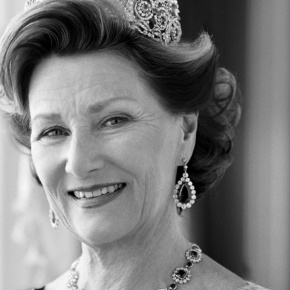HM Queen Sonja of Norway Opens Her Own Art Exhibition.