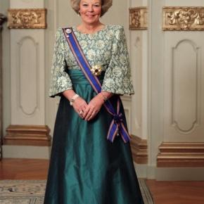 Her Majesty Queen Beatrix of the Netherlands Officially Opens the Special Exhibition, Constantijn en Christiaan Huygens: Een Gouden Erfenis.(VIDEO)