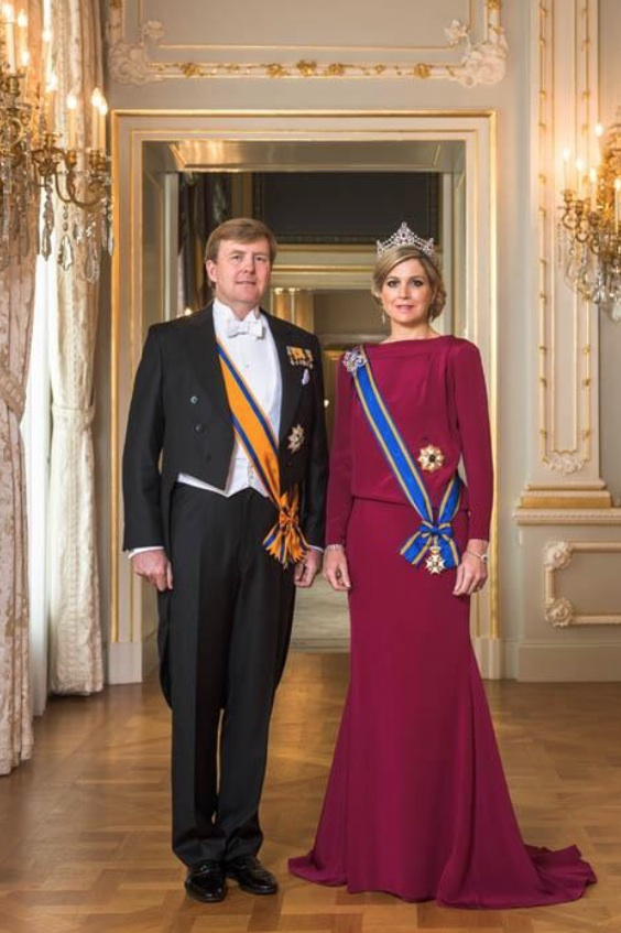 Their majesties king willem alexander and queen maxima of for Alexander holland