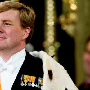 HM King Willem-Alexander of the Netherlands Opens Bovaghuis. (VIDEO)