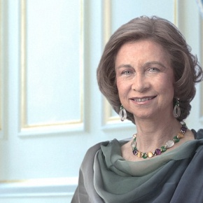 Her Majesty Queen Sofia of Spain Views a Special Exhibition in Madrid. (VIDEO)