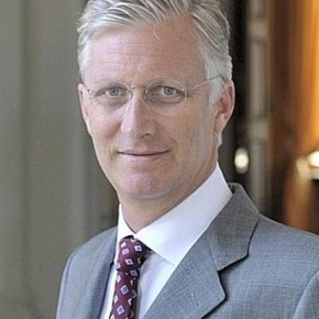 King Philippe of Belgium Attends the Commémoration de l'Armistice. (VIDEO)