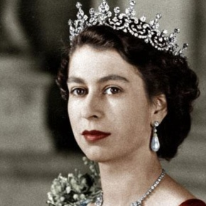 """""""The Queen: Key Films From The Reign""""(VIDEOS)"""
