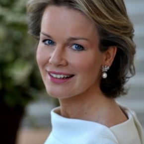 Her Majesty Queen Mathilde of Belgium Views a Special Exhibition at the CENTRALE Contemporary Art Gallery.