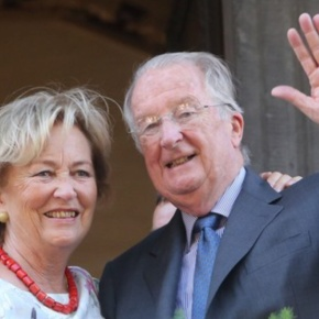 TMs King Albert II and Queen Paola of Belgium End Their Farewell Tour. (VIDEOS)