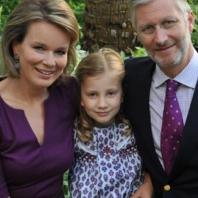 """""""Elisabeth: 11 ans, Princesse Héritière"""" (VIDEOS)"""