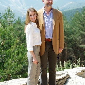 TRHs Prince Felipe and Princess Letizia of Asturias Enjoy the Natural Beauty of Sierra de Guadarrama. (VIDEO)