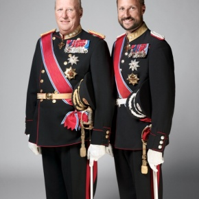 News Regarding His Majesty King Harald V of Norway and His Royal Highness Crown Prince Haakon of Norway. (VIDEOS)