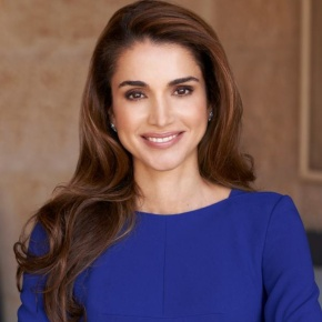 Her Majesty Queen Rania of Jordan Holds an Audience. (VIDEO)