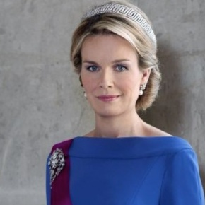 HM Queen Mathilde of Belgium Meets With Artists.