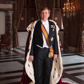 His Majesty King Willem-Alexander of the Netherlands Celebrates the 200th Anniversary of the Koninklijke Landmacht. (VIDEOS)