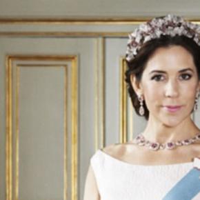 """HRH Crown Princess Mary of Denmark Opens """"Råd til Livet"""" inAalborg."""