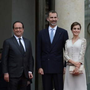 (VIDEOS) The King and Queen of Spain Visit Paris, France.