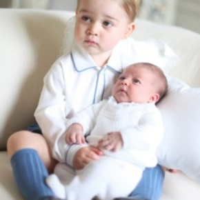 (VIDEO) New Photos of TRHs Princess Charlotte and Prince George of Cambridge Have Been Released.