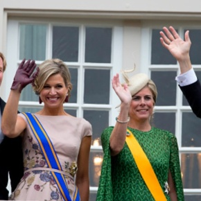 (VIDEOS) Members of the Dutch Royal Family Attend the 2015 Prinsjesdag.