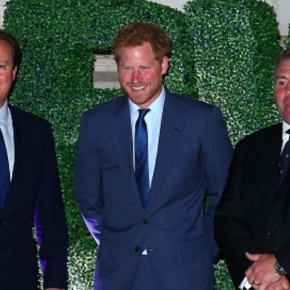 (VIDEO) HRH Prince Harry of Wales Attends a Party in London.