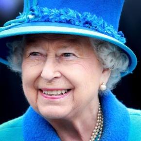 (VIDEOS) HM Queen Elizabeth II Opens the New Scottish BordersRailway.