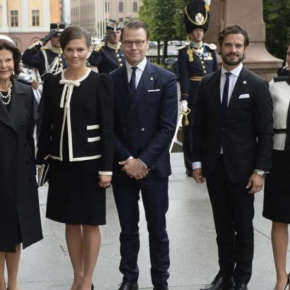 (VIDEO) Members of the Swedish Royal Family Attend Service at the Storkyrkan.