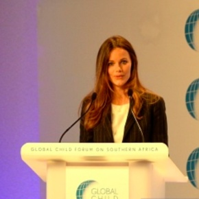(VIDEO) HRH Princess Sofia of Sweden Gives a Speech in South Africa.