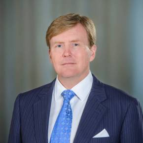 (VIDEOS) HM King Willem-Alexander of the Netherlands Visits Brussels.