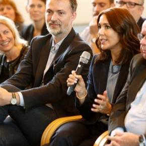 (VIDEO) HRH Crown Princess Mary of Denmark Attends aConference.