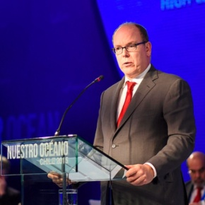 (VIDEOS) HSH Prince Albert II of Monaco Attends a Conference in Chile.