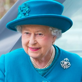 (VIDEOS) HM Queen Elizabeth II Visits the University of Surrey.