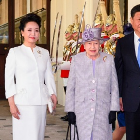 (VIDEOS) HM Queen Elizabeth II Welcomes the President of China to London.