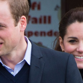 (VIDEOS) TRHs The Duke and Duchess of Cambridge Visit North Wales.