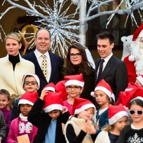 TSHs Prince Albert II and Princess Charlene of Monaco Distribute ChristmasGifts.