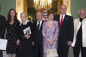 (VIDEO) HSH Prince Albert II of Monaco Attends the 2015 Prix Fondation Prince Louis de PolignacCeremony.