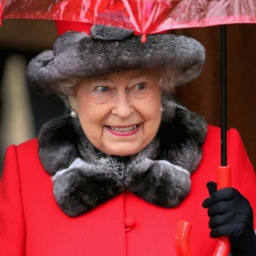 (VIDEO) Members of the British Royal Family Attend Christmas Service at Sandringham.