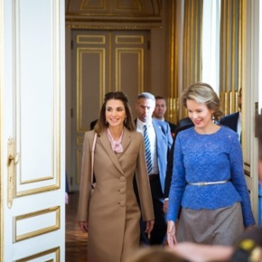 (VIDEOS) Her Majesty Queen Mathilde of Belgium Holds a Meeting with Her Majesty Queen Rania of Jordan in Brussels.