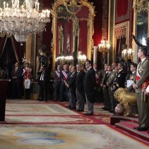 (VIDEOS) TMs King Felipe VI and Queen Letizia of Spain Preside Over the 2016 PascuaMilitar.