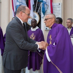 HSH Prince Albert II of Monaco Attends a Memorial at the Église Sainte Dévote.