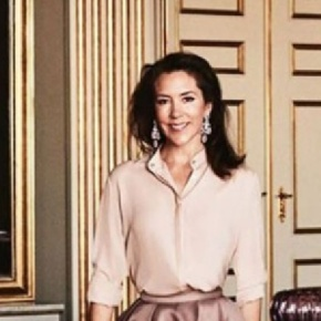 (VIDEO) HRH Crown Princess Mary of Denmark Attends the Circus.